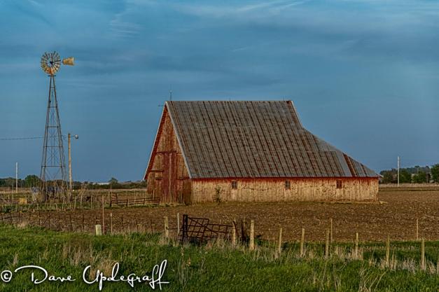 A barn on hwy 64