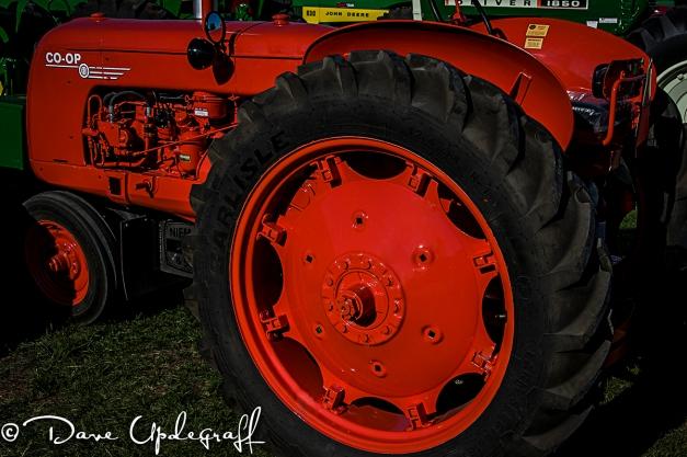 COOP Tractor