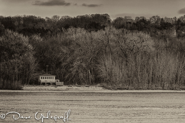 A lone house on the Mississippi