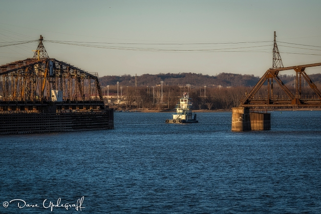 A tug on the Mississippi