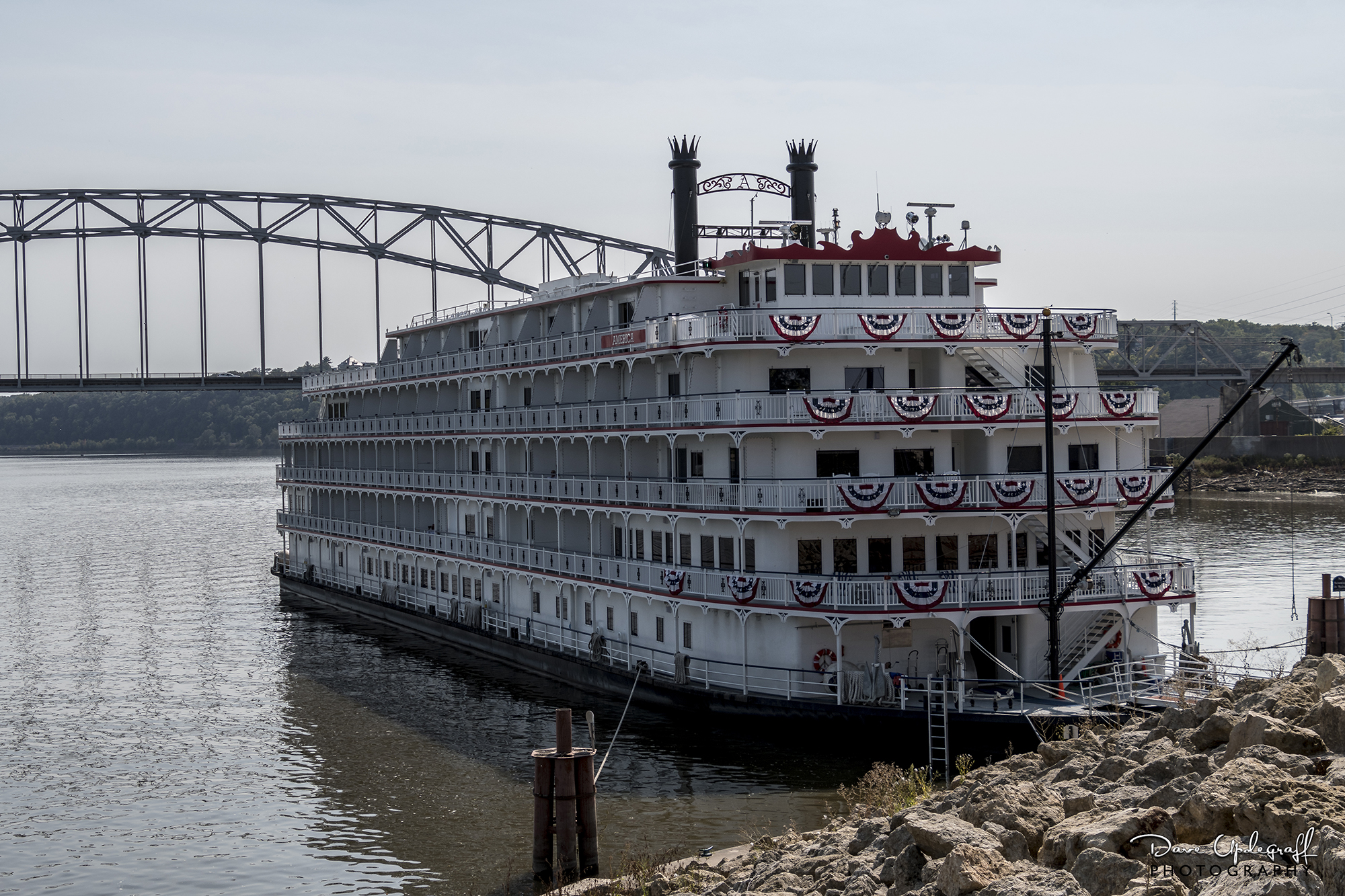 mississippi river boats upde designs